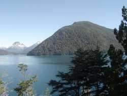 Vista desde el  Lago Mascardi