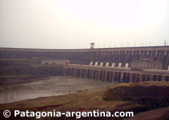 Represa Hidroeléctrica Itaipú