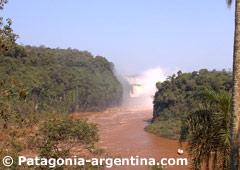 Iguazú River at Iguazú Falls