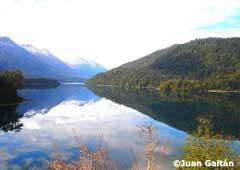 Lago Falkner - Camino de los 7 Lagos