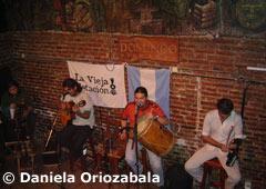 Típica Peña de folclore - Salta