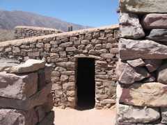 Reconstrucción de vivienda unifamiliar en las Ruinas de Tilcara - Jujuy
