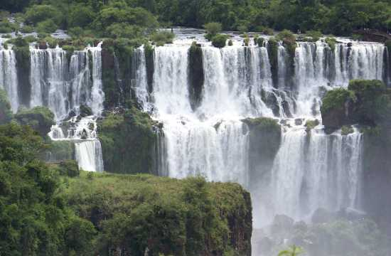 Iguazu Falls & Patagonia: Glaciers and Waterfalls