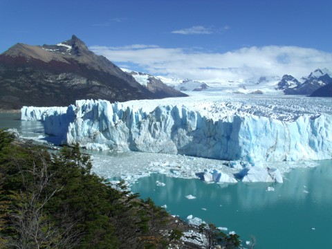 Brazo Rico, the closest point between the glacier and the Magallanes Peninsula