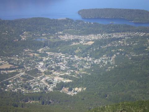 Vista de Villa La Angostura desde el Cerro Bayo - Foto Claudio Elias