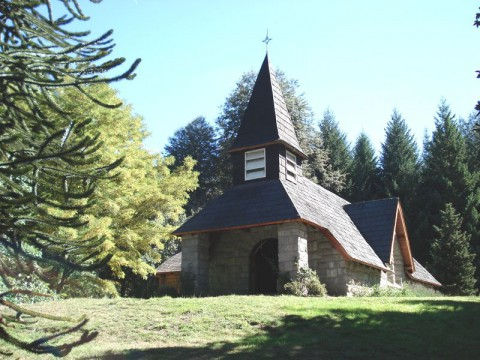 Villa La Angostura - La Asunción Chapel - Photo Arcibel
