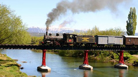 La Trochita on the bridge over the river Chubut - Photo: patagoniaexpress.com