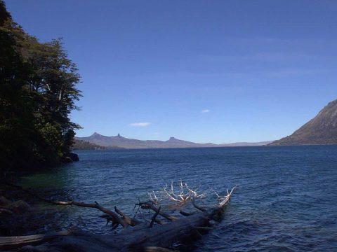 Lago Huechulafquen - Junín de los Andes