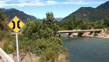 Puente Internacional - Trevelin - Foto: patagoniaexpress.com