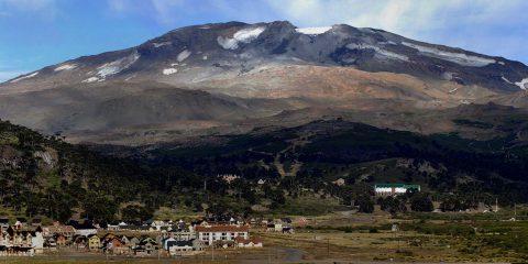 Vista del Volcán Copahue - Patagonia Argentina