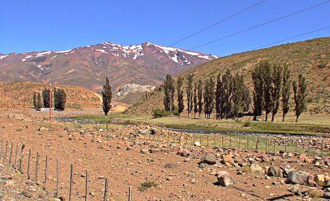 En las afueras de Chos Malal - Patagonia Argentina