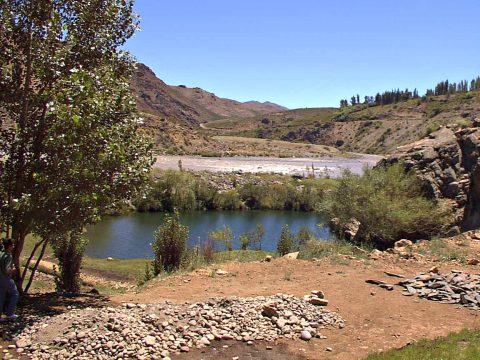 Laguna Charrarruca - Huinganco - Patagonia Argentina