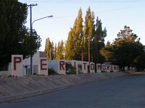 Centro de la ciudad de Perito Moreno - Foto: wikipedia.org