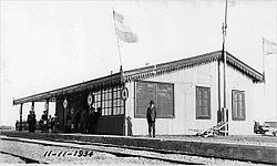 Foto histórica de la estación de trenes de Las Heras (1934) . Archivo cronicaferroviaria.org.ar